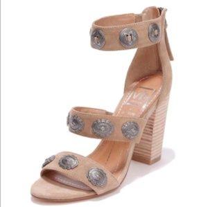Dolce Vita x Vanessa Mooney Concha stacked heel